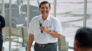 Ada Pejabat Pertamina Dipecat Jokowi Langsung, Luhut Beberkan Penyebabnya
